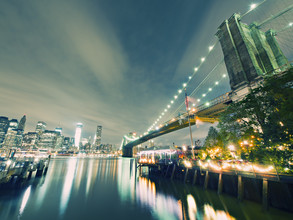 New York City - Brooklyn Bridge Skyline - fotokunst von Alexander Voss