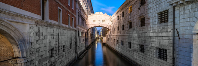 Jan Becke, Seufzerbrücke am Abend (Italien, Europa)