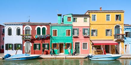 Jan Becke, Bunte Hausfassaden auf Burano (Italien, Europa)
