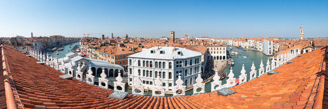 Jan Becke, Above the rooftops of Venice (Italy, Europe)