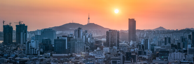 Jan Becke, Panoramic view of the Seoul skyline at sunset (Korea, South, Asia)