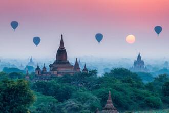 Jan Becke, Sonnenaufgang in Bagan (Myanmar, Asien)
