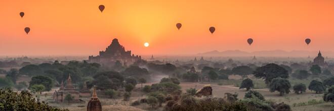 Jan Becke, Blick auf den Dhammayangyi Tempel bei Sonnenaufgang (Myanmar, Asien)