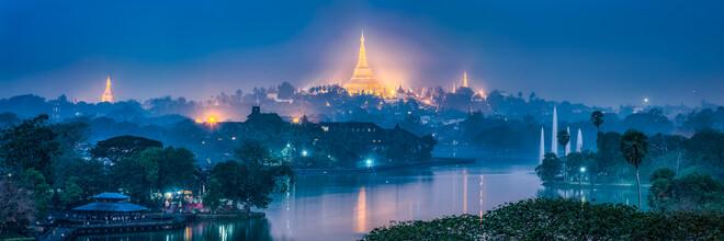 Jan Becke, Shwedagon and Kandawgyi Lake in Yangon (Myanmar, Asia)