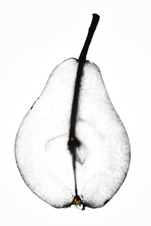 Magda Izzard, Pear (Großbritannien, Europa)