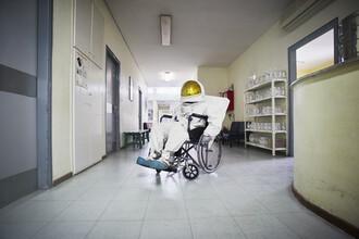 Sophia Hauk, Der Protestonaut im Rollstuhl (Griechenland, Europa)