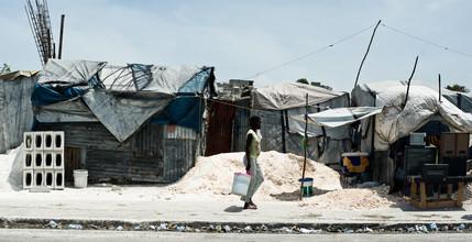 Michael Wagener, Strassenszene Port au Prince (Haiti, Latin America and Caribbean)