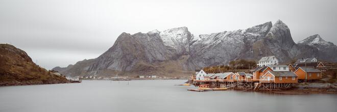 Dennis Wehrmann, Panorama Fischerhütten Lofoten Sakrisoy (Norwegen, Europa)