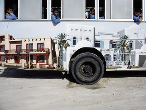 Florian Büttner, Bus (Vereinigte Arabische Emirate, Asien)