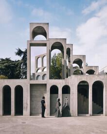 Roc Isern, Facing the sculpture (Spain, Europe)