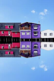 Pascal Krumm, Stilt houses on the edge of a lake (Chile, Lateinamerika und die Karibik)