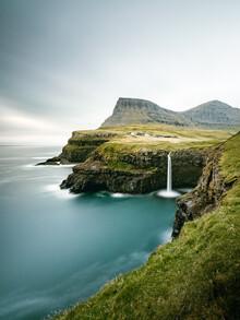 Franz Sussbauer, Gásadalur and Múlafossur waterfall I (Faroe Islands, Europe)