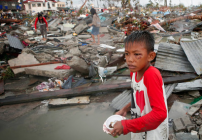 Emergency relief after Cyclone Haiyan