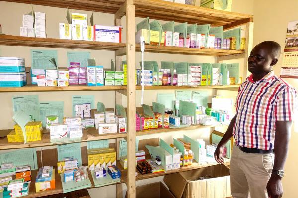 Schulung für Apothekenmitarbeiter in Uganda